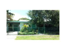 1550 S 61st Ave, Hollywood, FL 33023