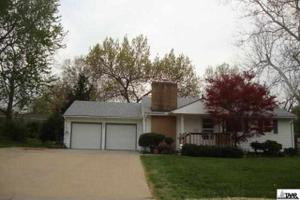 4301 SW Holly Ln, Topeka, KS 66604