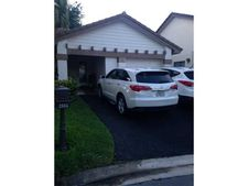2315 Columbia, Weston, FL 33326