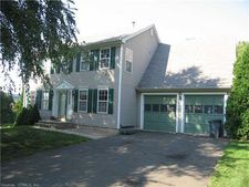 599 Oronoque Rd, Milford, CT 06461