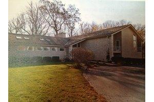 71 Oak Creek Dr, Yorkville, IL 60560
