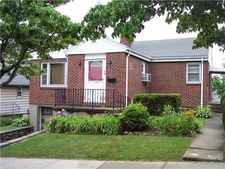 36 Lewis Pl, Bridgeport, CT 06610