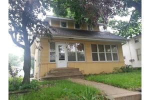 707 4th Ave, Sterling, IL 61081