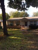 222 Hill Ln, Red Oak, TX 75154