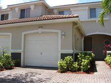 2170 Oakmont Dr, Riviera Beach, FL 33404