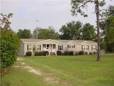 4391 Leisure Lakes Dr, Chipley, FL 32428