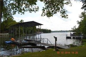 1013 Shoreside Dr, Hendersonville, TN 37075