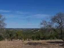 1033 Roanoke Ln, Kerrville, TX 78028