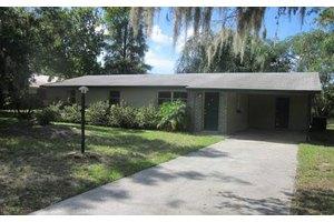 2009 E Recreation Dr, Sebring, FL 33875