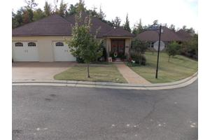 100 Tuscan Hills Dr, Oxford, MS 38655
