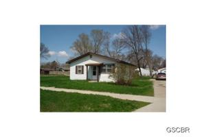 1321 Goldie Ave, Sioux City, IA 51109