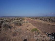 501 Sagewood Dr, Christmas Valley, OR 97641