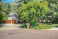 2930 W Cromwell Ave, Fresno, CA 93711