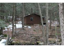 257 Colebrook Rd, Winchester, CT 06098