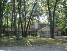 1258 Priscilla Ln, Rochester Hills, MI 48309