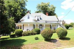 1851 Main St, Lynnville, TN 38472