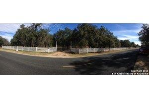 21620 Applewhite Rd, San Antonio, TX 78264