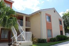 1036 The Pointe Dr, West Palm Beach, FL 33409