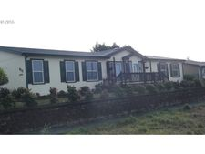 923 Madison St, Coos Bay, OR 97420