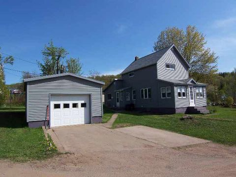 Photo of 235 Houghton St, Ishpeming, MI 49849