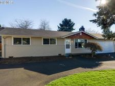 10888 Se 74th Ave, Milwaukie, OR 97222