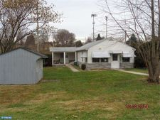 2409 Lincoln Ave, Reading, PA 19609