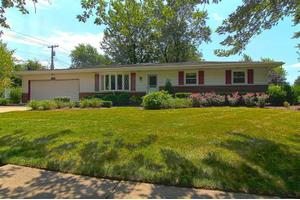 2165 W 95th Ave, Crown Point, IN 46307