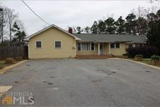 1330 Dickens Rd Nw, Lilburn, GA 30047