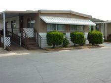 221 W Herndon Ave, Fresno, CA 93650