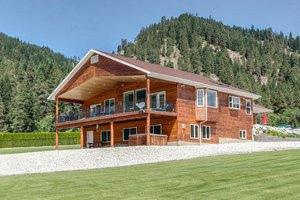 12595 Maple Dr, Leavenworth, WA 98826