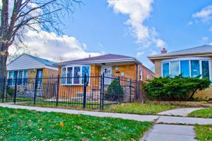 4528 S Lawler Ave, Chicago, IL 60638