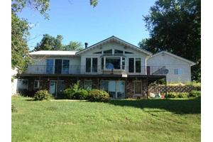W927 W North Shore Dr, Montello, WI 53949