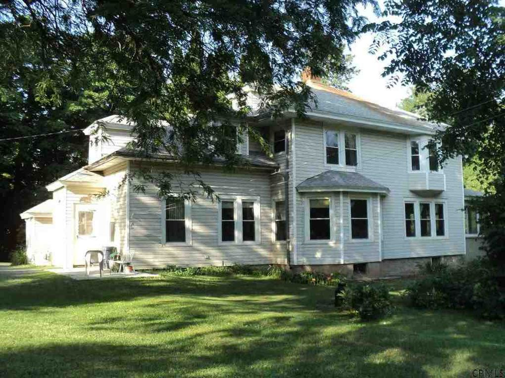 schoharie singles Newly renovated 3 bedroom well maintained home new heating system, siding, windows and more gorgeous mountain views conveniently located outside village of schoharie.