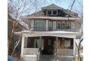 421 S Humphrey Ave, Oak Park, IL 60302