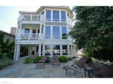 7808 Ocean Front Ave, Virginia Beach, VA 23451