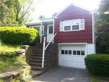 604 Huckleberry Hill Rd, Avon, CT 06001
