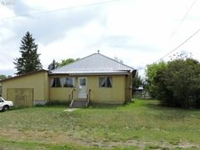 495 F St, North Powder, OR 97867