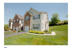 123 Forelock Ct, West Chester, PA 19382