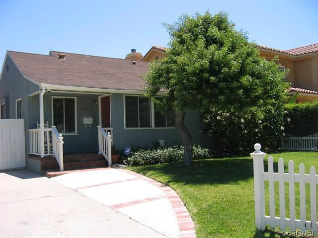 4524 Tyrone Ave Sherman Oaks, CA 91423