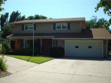416 Countryside Rd, Junction City, KS 66441