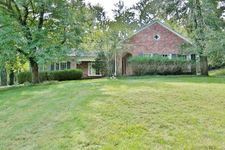 111 Tribal Rd, Louisville, KY 40207