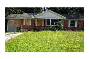 2911 Belvedere Ln, Decatur, GA 30032