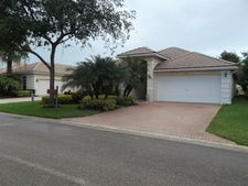 5671 Fountains Dr S, Lake Worth, FL 33467
