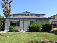 2526 Coffey Ln, Santa Rosa, CA 95403