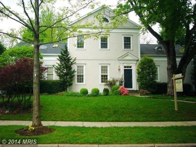 143 Hesketh St, Chevy Chase, MD