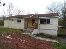 351 School St, Quinwood, WV 25981