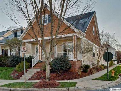 11215 Blue Cedar Ln, Charlotte, NC 28277