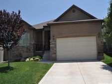 2882 E Hideout Dr, Eagle Mountain, UT 84005