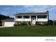 178 Oak Acres Cir, Washington, WV 26181
