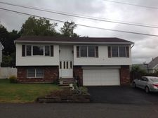 4 Briarwood Ct, Woodland Park, NJ 07424